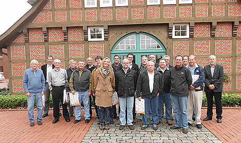 Systems for layer management and more: the visitors from Hy-Line convinced themselves of the Big Dutchman know how.